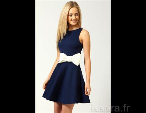 robe pour mariage bleu marine et blanc robe patineuse bleu marine avec ceinture noeud blanche