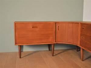 Meuble Scandinave Vintage : meuble enfilade angle design scandinave maison simone nantes ~ Teatrodelosmanantiales.com Idées de Décoration