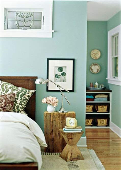 get more ideas for the the home with this mint green room