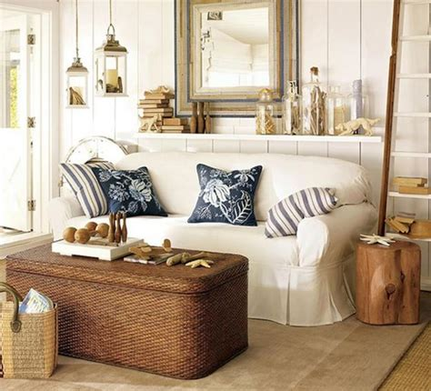 Decorating Ideas Nautical Theme by Enhancing Nautical Decor Theme With Sea Shell Crafts And