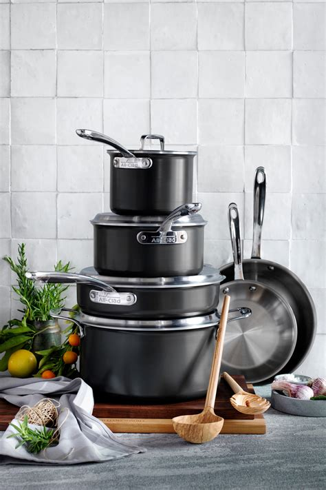 kitchen cookware sets  graduates  newlyweds epicurious