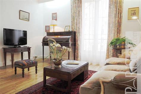 bedroom apartment term renting invalides one bedroom apartment short term rental eiffel tower 1   La Motte Picquet 9920039012565