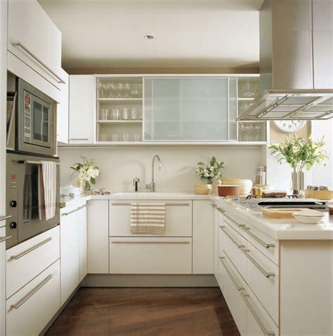 Einrichtung Kleiner Kuechekleine Kueche Aus Holz 3 by Small Kitchen Clever Furnish Variants And Tips For The