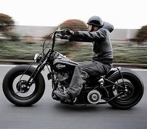 Moto Style Harley : henry hu collects vintage motorbikes pinterest ~ Medecine-chirurgie-esthetiques.com Avis de Voitures