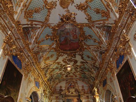 location chambres chez l habitant oratoire de la confrérie de la sainte croix xv office