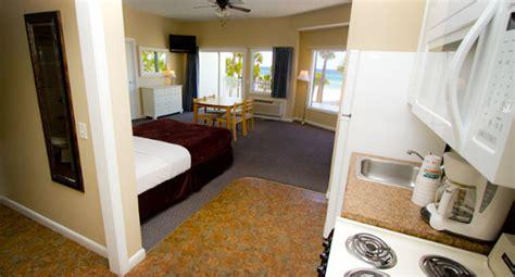panama city beach hotel room  kitchen