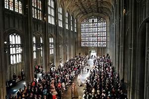 Meghan Markle arrives at Windsor Castle to marry Prince Harry  Royal