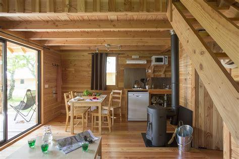 poele a bois cuisine poele a bois ovale 15 hebergement cing cabane