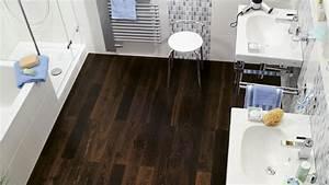 Fliesen Oder Laminat : fliesen ade laminat und parkett erobern das badezimmer ~ Michelbontemps.com Haus und Dekorationen