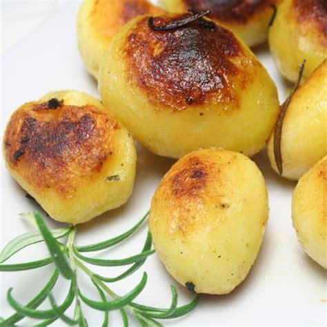 comment cuisiner les pommes de terre grenaille pomme de terre que faire avec une pomme de terre aufeminin