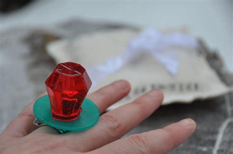 bridesmaid ring pop box     maid