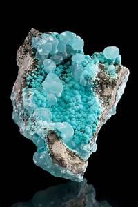 Pierre Precieuse Bleue : pin di caverna cosmica su cristalli pierre pr cieuse ~ Melissatoandfro.com Idées de Décoration