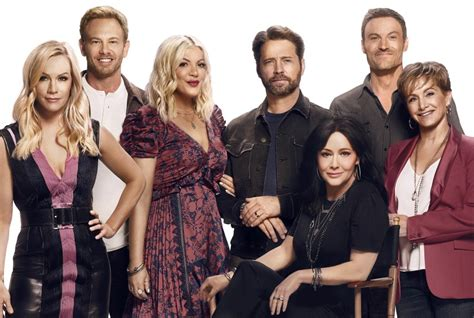 'BH90210' cast explains why the new '90210' isn't a typical reboot - Los Angeles Times