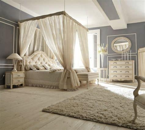plafonnier chambre fille lit baldaquin pour une chambre de déco romantique moderne