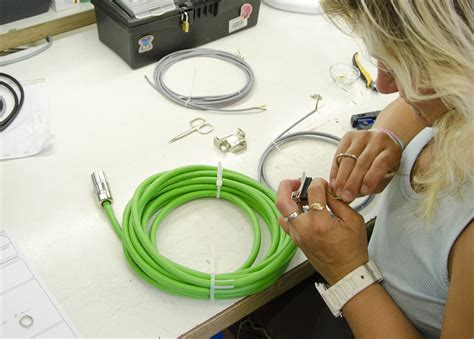 Best Custom Cable Assembly Manufacturers Appstech