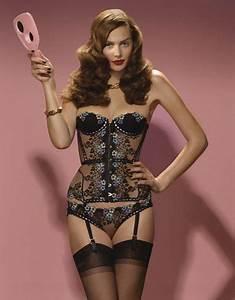 Agent Provocateur Deutschland : 102 best lingerie images on pinterest summer 2014 bar refaeli and colorful lingerie ~ Cokemachineaccidents.com Haus und Dekorationen