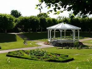 Fileloudun jardin publicjpg wikimedia commons for Jardin public