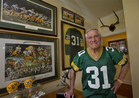 Reintroduce Yourself To Green Bay Packers Legend