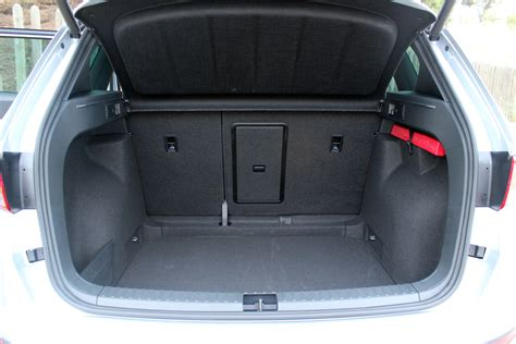 volume coffre seat seat volume coffre 28 images essai nouveau seat alhambra grand monospace 2 2 actu automobile