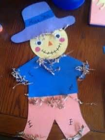 29 awesome scarecrow craft idea for images 291   8e4a75edc3c49fdcd9e797eb9f6df3b1 scarecrow crafts scarecrows