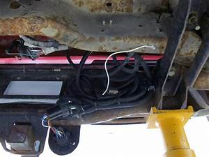 Custom Fit Vehicle Wiring By Hopkins For 2006 Silverado