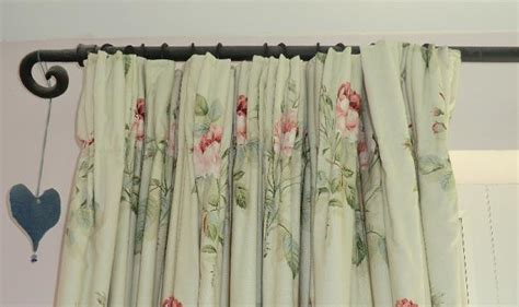 Simple Lined Tape Headed Curtain Tutorial Wooden Curtain Pole Brackets 50mm How To Hang Curtains Over Blinds That Stick Out Bay Window Sets Arch Rod Lowes Quaker Lace Panel Red Toile Panels Sew A Shower Valance White Room Divider