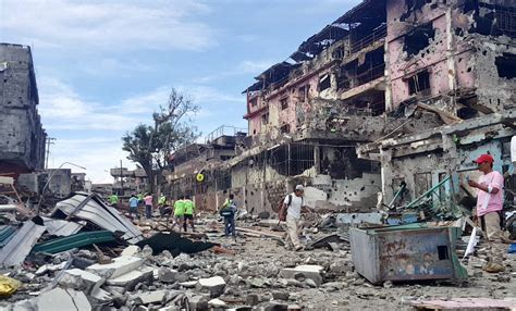 marawi siege city is devastated as security forces clash
