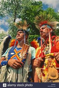 Ottawa dancers at Saginaw Chippewa Tribal National Pow Wow ...