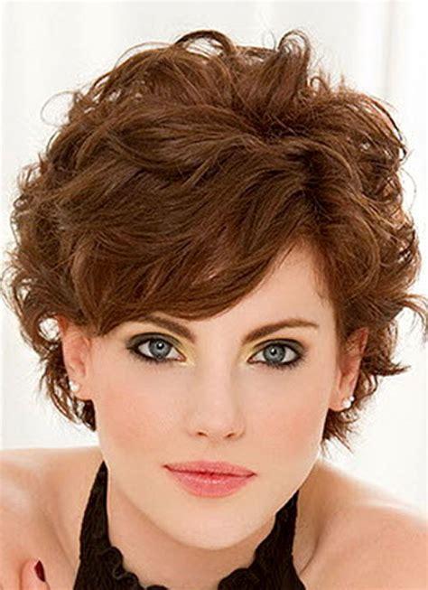 style short wavy hair bakuland women man