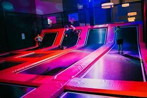 Sprung Raum Berlin : sprung raum trampolin berlin in berlin partyfotos events adresse ffnungszeiten ~ Buech-reservation.com Haus und Dekorationen