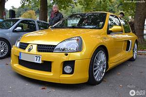 Renault Nemours : renault clio v6 phase ii 5 october 2015 autogespot ~ Gottalentnigeria.com Avis de Voitures