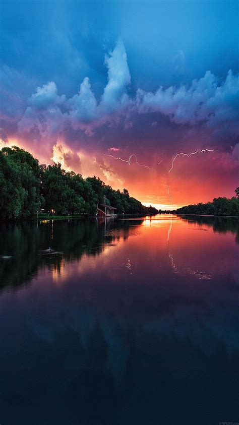 mc wallpaper lightening reflected lake sea river nature