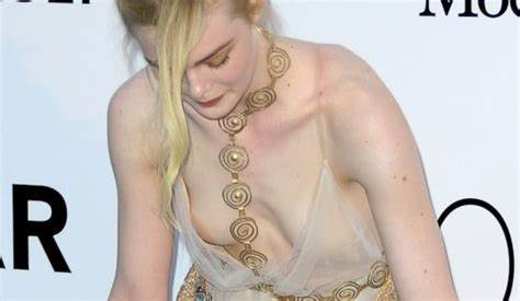 Blake Is Crack A Pasty Son Elle Fanning Naked Fuck