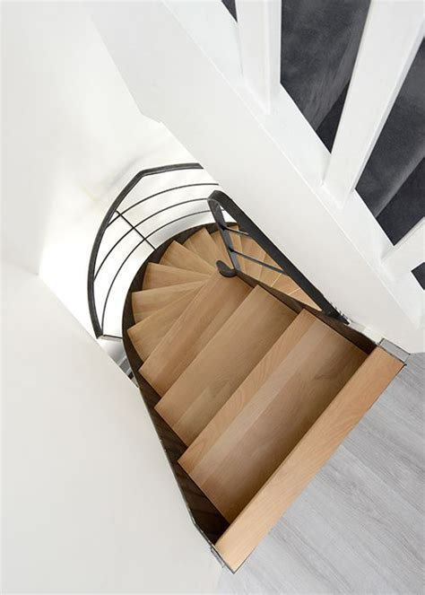 sans culotte dans l escalier photo dh109 spir d 201 co 174 flamme mixte escalier d int 233 rieur m 233 tallique design sur flamme