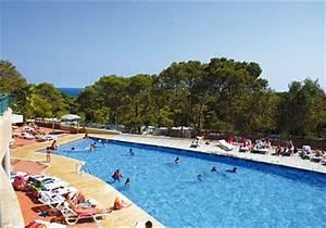 Location costa brava entre particulier for Villa a louer a barcelone avec piscine 18 location lescala dans une maison pour vos vacances avec iha