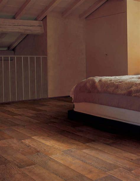 laminate flooring that looks like wood ceramic flooring that looks like wood best laminate flooring ideas
