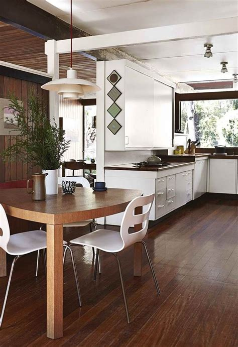 A mid-century modern house in Queensland's retro revamp in ...