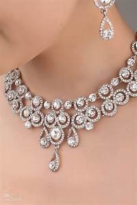 Wedding jewelry sets for beautiful bride resolve40com for Wedding ring necklace