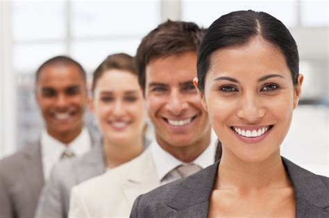 professional-smiling-hd-3040 - IBCCES