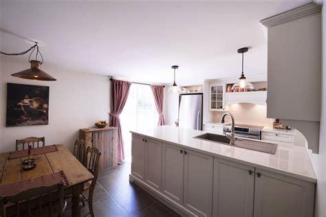 restauration armoires de cuisine en bois réalisations créations folie bois rive sud réalisations