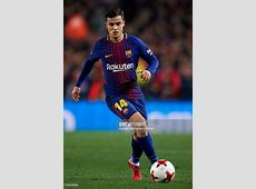 Philippe Coutinho of Barcelona runs with the ball during