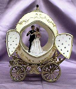Unique wedding gifts for new couple marriage capture for Wedding gifts for couples