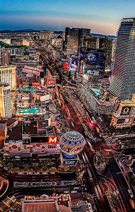Las Vegas Hd Wallpaper Widescreen Wallpapersafari