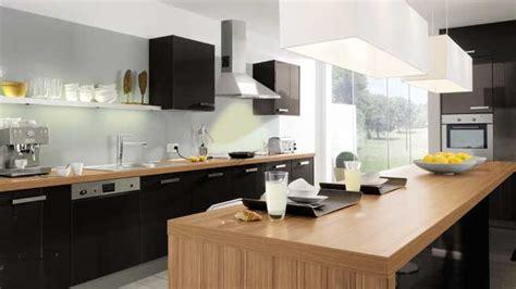 cuisine bois plan de travail noir cuisine noir laque plan de travail bois