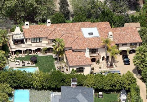 House Of Stone And Light by Miley Cyrus Family Home In La Is Selling For 5 9 Million