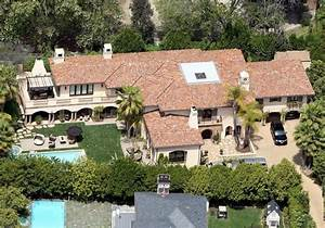 Miley Cyrus' Family Home in LA is Selling for $5.9 Million