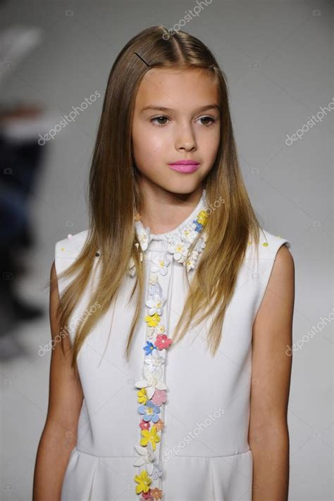 bonnie young preview  petite parade kids fashion week