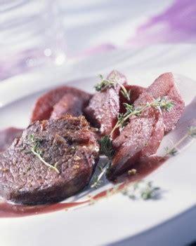 cuisiner un gigot de chevreuil gigot de chevreuil au four recette