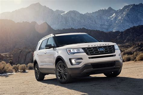 2017 Ford Explorer XLT Sport Appearance Package to Bow in ...