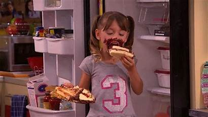 Eating Cake Giphy Nickelodeon Gifs Eat Hungry